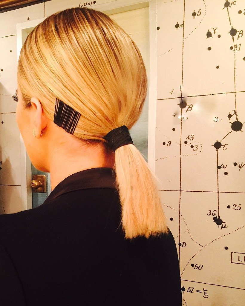 how-to-style-hair-accessories-bobby-pin-hairstyles-ways-to-wear-bobbypinart-instagram-khloekardashian-ponytail-black.jpg
