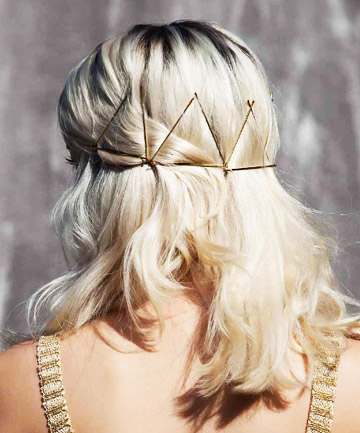 how-to-style-hair-accessories-bobby-pin-hairstyles-ways-to-wear-triangles-crown.jpg