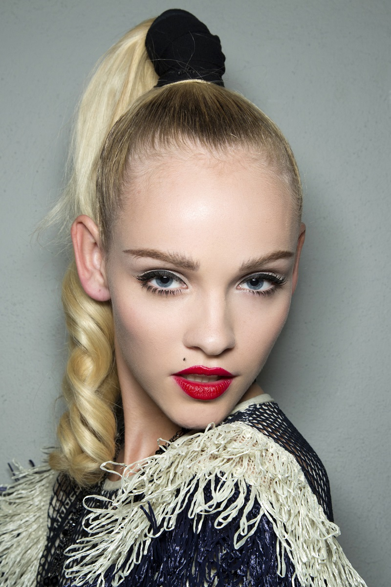 how-to-style-hair-accessories-scrunchies-hairstyles-ways-to-wear-ponytail-black-high-blonde.jpg