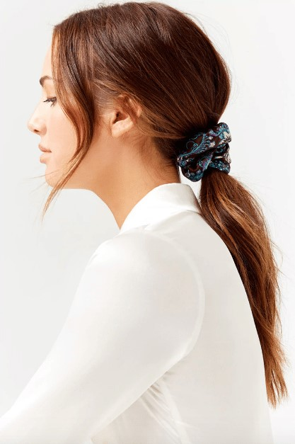 how-to-style-hair-accessories-scrunchies-hairstyles-ways-to-wear-ponytail-blue.jpg