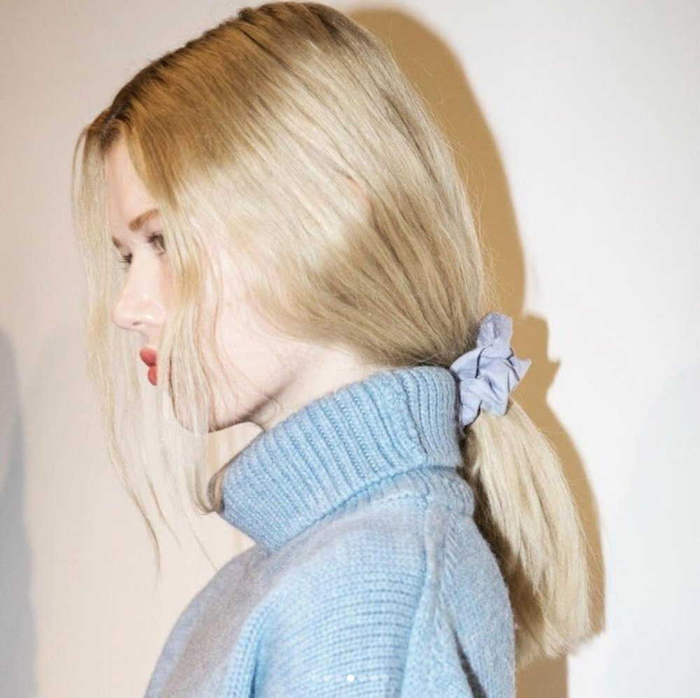 how-to-style-hair-accessories-scrunchies-hairstyles-ways-to-wear-ponytail-blue-low.jpg