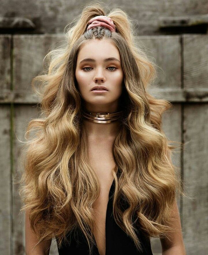 how-to-style-hair-accessories-scrunchies-hairstyles-ways-to-wear-ponytail-long-hair-wavy-velvet-pink.jpg