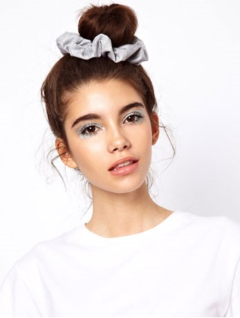 how-to-style-hair-accessories-scrunchies-hairstyles-ways-to-wear-ponytail-gray-silver.jpg