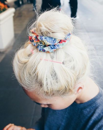 how-to-style-hair-accessories-scrunchies-hairstyles-ways-to-wear-ponytail-high-bun-print.jpg