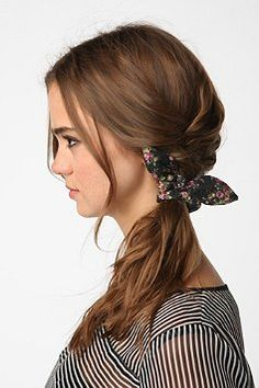 how-to-style-hair-accessories-scrunchies-hairstyles-ways-to-wear-ponytail-braid-loose.jpg