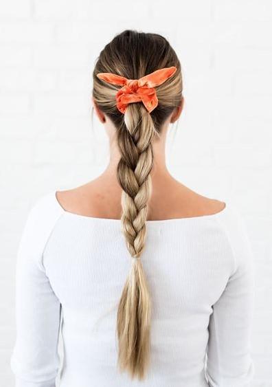 how-to-style-hair-accessories-scrunchies-hairstyles-ways-to-wear-ponytail-orange-braid.jpg