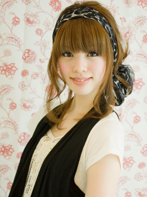 how-to-style-hair-accessories-scarf-scarves-bandana-silk-headband-bow-bun-bangs.jpg