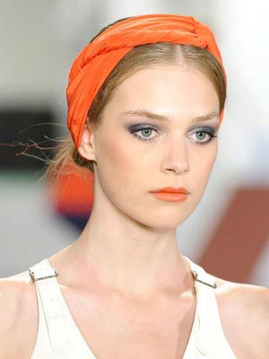 how-to-style-hair-accessories-scarf-scarves-bandana-silk-tied-headband-orange-summer-spring-runway.jpg