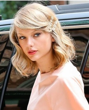 one-side-how-to-style-hair-accessories-clip-barrettes-taylorswift-double-peach-bangs-lob.jpg