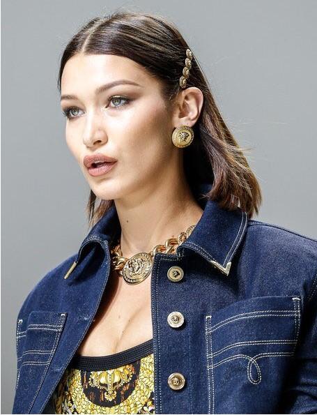 both-side-how-to-style-hair-accessories-clip-barrettes-lob-bellahadid-runway.jpg