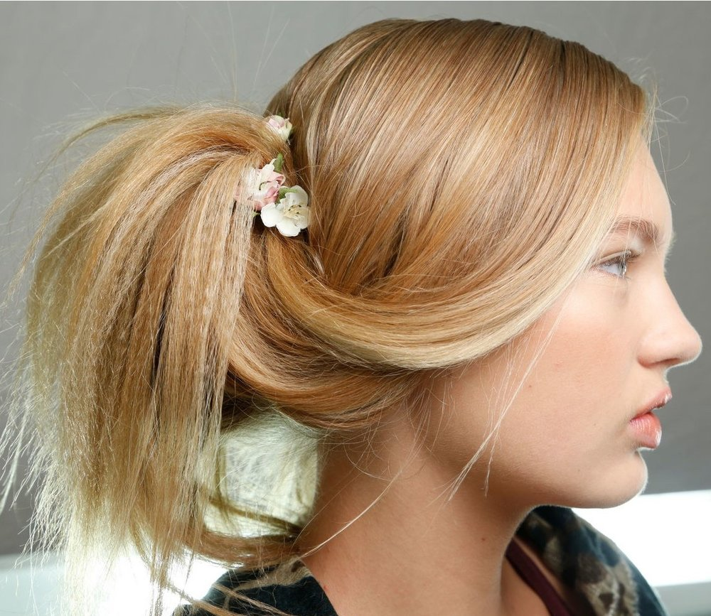french-twist-decoration-how-to-style-hair-accessories-clip-spring-summer-crimped-flowers-floral-updo.jpg
