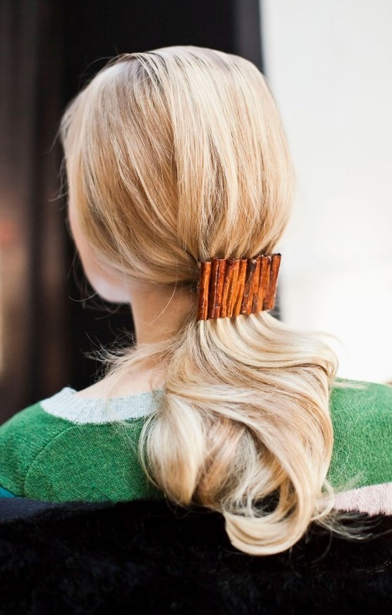 ponytails-how-to-style-hair-accessories-clip-barrettes-blonde-low-lunch-office-work-long.jpg