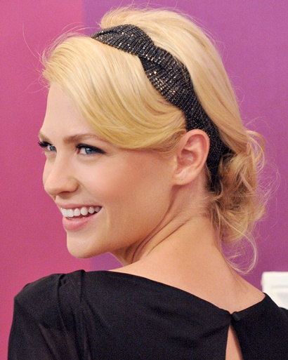 medium-how-to-style-hair-accessories-headbands-hairstyles-ways-to-wear-black-messy-januaryjones.jpg