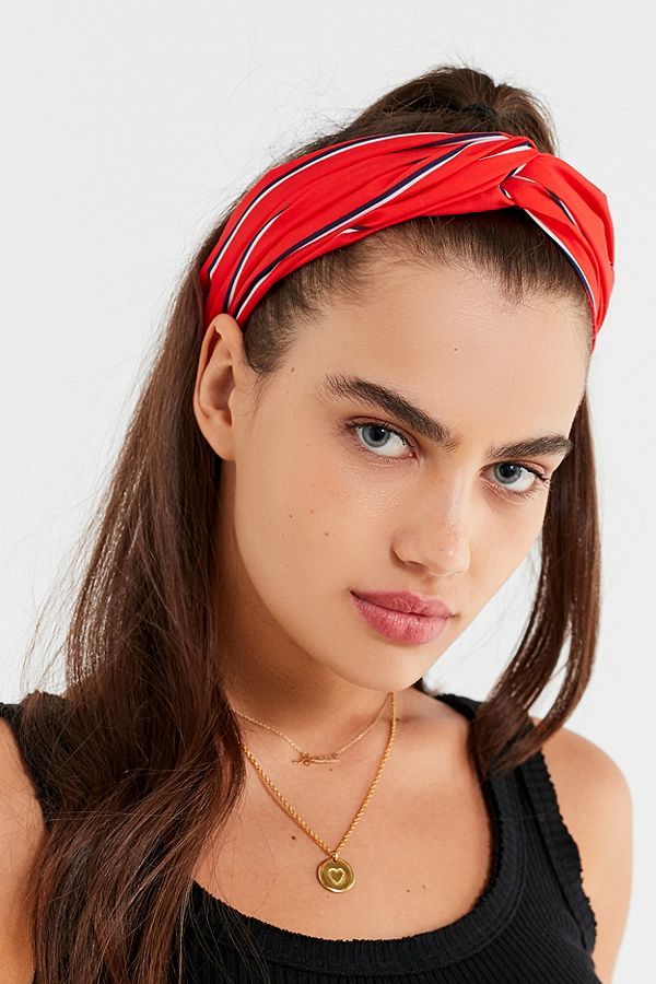 medium-how-to-style-hair-accessories-headbands-hairstyles-ways-to-wear-red-ponytail-trend.jpg