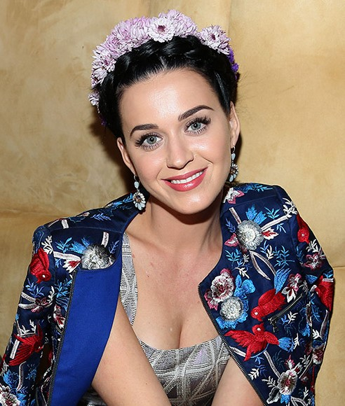 flowers-how-to-style-hair-accessories-headbands-hairstyles-ways-to-wear-floral-katyperry-updo.jpg