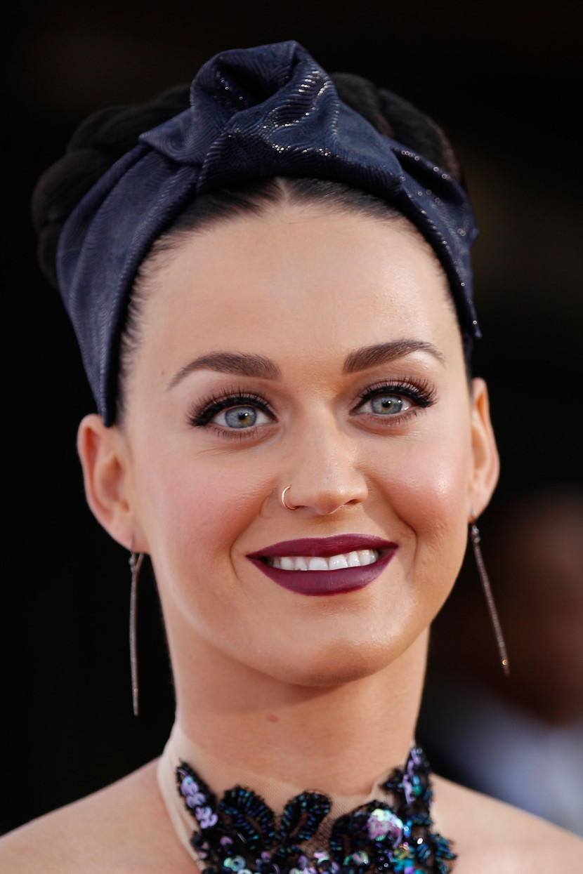 turban-how-to-style-hair-accessories-headbands-hairstyles-ways-to-wear-katy-perry-headband-updo-braids-redcarpet.jpg