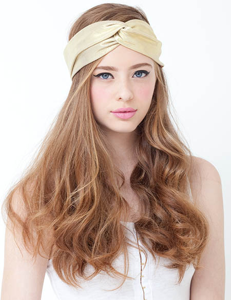 turban-how-to-style-hair-accessories-headbands-hairstyles-ways-to-wear-tan-beige-wavy-boho-casual.jpg