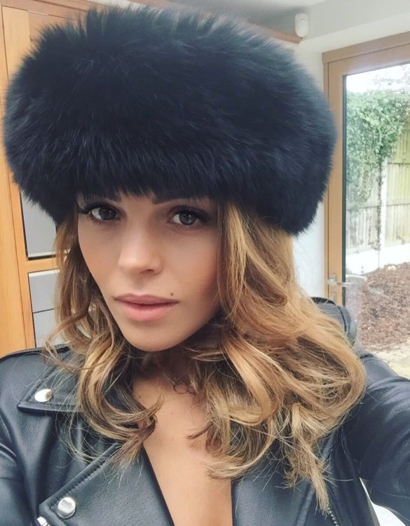 fur-how-to-style-hair-accessories-headbands-hairstyles-ways-to-wear-winter-moto-jacket-black.jpg