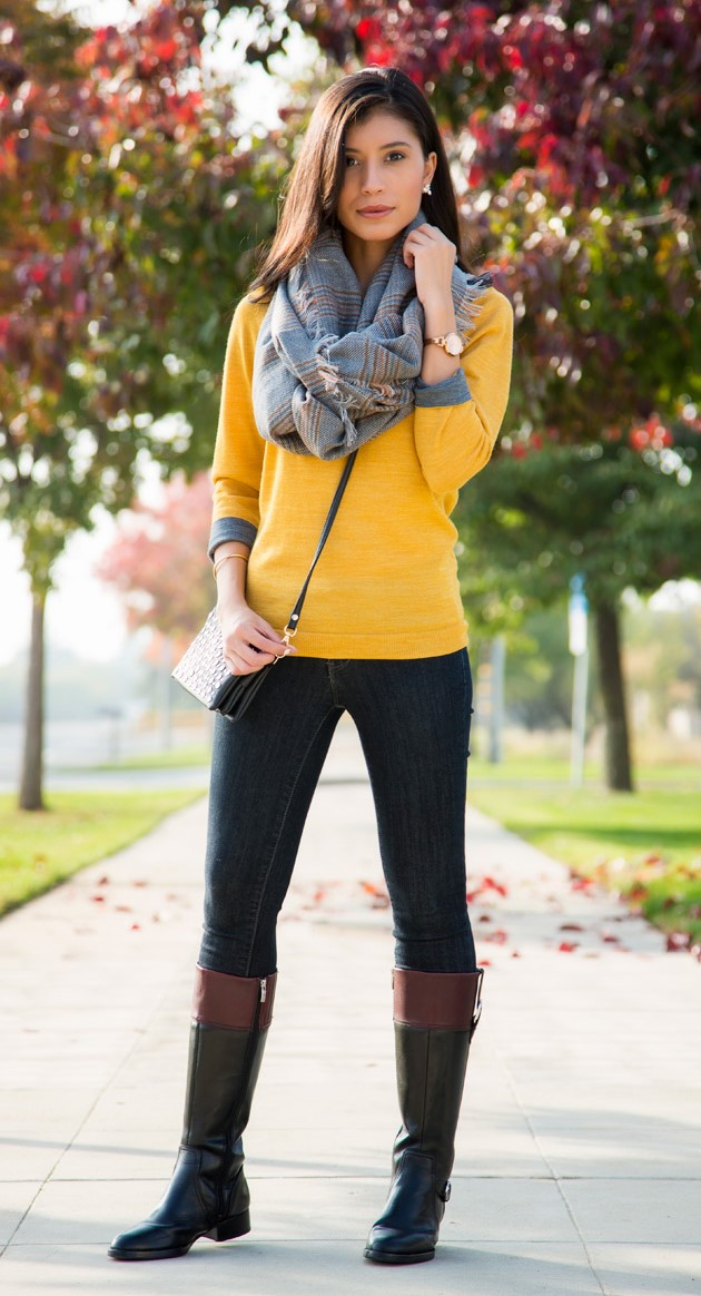 blue-navy-skinny-jeans-yellow-sweater-grayl-scarf-brun-black-shoe-boots-fall-winter-thanksgiving-outfits-holidays-weekend.jpg