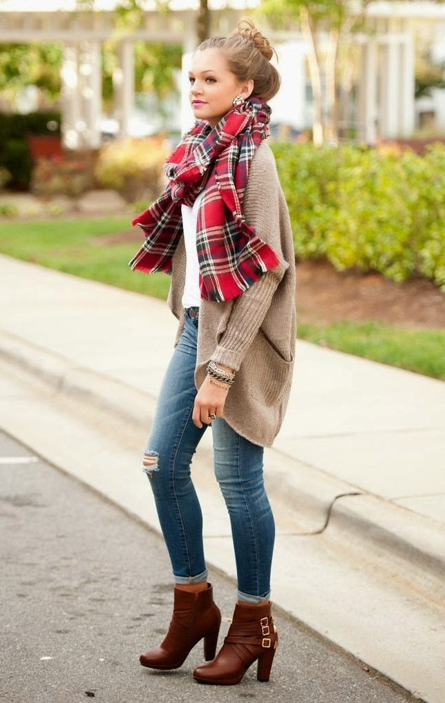 blue-med-skinny-jeans-red-scarf-plaid-blonde-bun-tan-cardiganl-cognac-shoe-bootie-fall-winter-thanksgiving-outfits-weekend.jpg