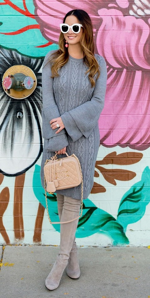 grayl-dress-sweater-gray-shoe-boots-tan-bag-sun-earrings-hairr-fall-winter-thanksgiving-outfits-holidays-lunch.jpg