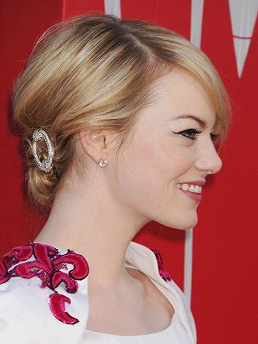 bun-how-to-style-hair-accessories-clip-barrettes-wear-blonde-emmastone.jpg