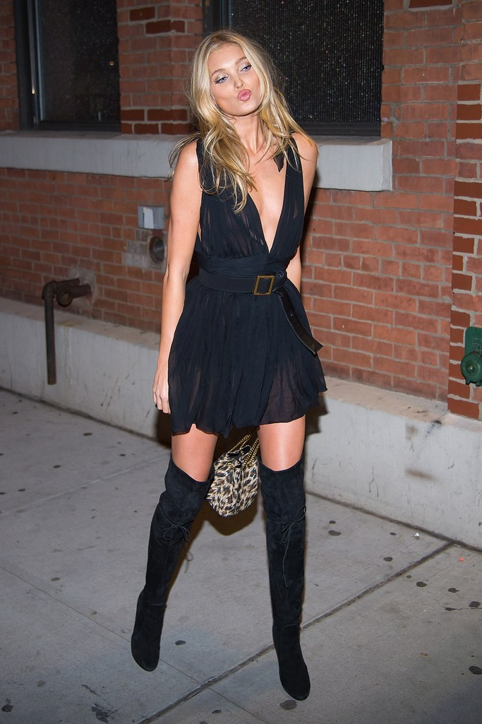 black-dress-mini-black-shoe-pumps-belt-blonde-elsahosk-fall-winter-nye-dinner.jpg