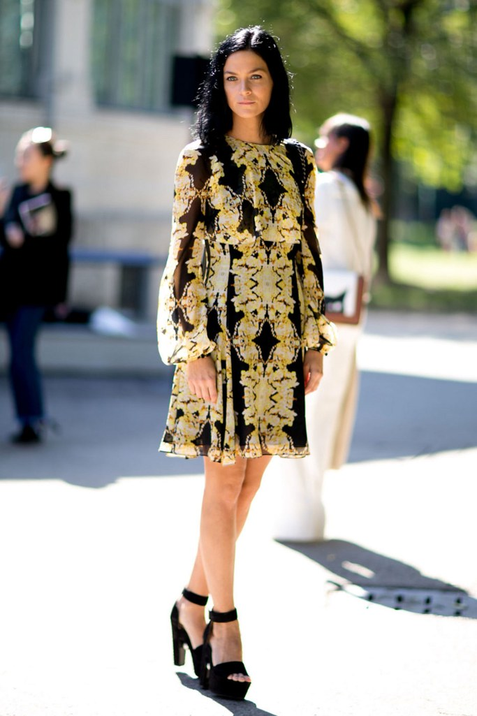 yellow-dress-peasant-print-brun-lob-black-shoe-sandalh-fall-winter-nye-dinner.jpg