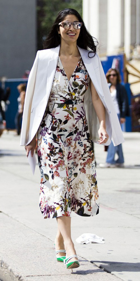 white-dress-floral-print-aline-white-jacket-blazer-green-shoe-pumps-brun-sun-thanksgiving-midi-fall-winter-holiday-lunch.jpg
