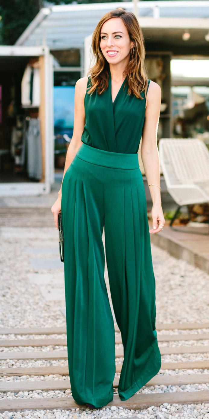 green-emerald-wideleg-pants-green-dark-top-hairr-fall-winter-holiday-dinner.jpg