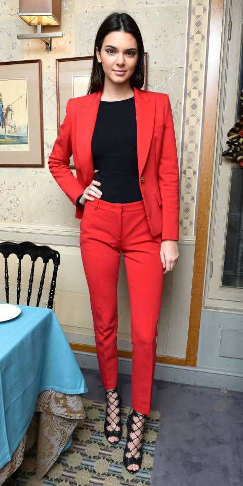 red-slim-pants-black-top-red-jacket-blazer-suit-black-shoe-sandalh-brun-kendalljenner-howtowear-fashion-style-outfit-fall-winter-holiday-dinner.jpg