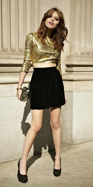 black-mini-skirt-tan-crop-top-sequin-velvet-black-shoe-pumps-fall-winter-holiday-party-hairr-dinner.jpg