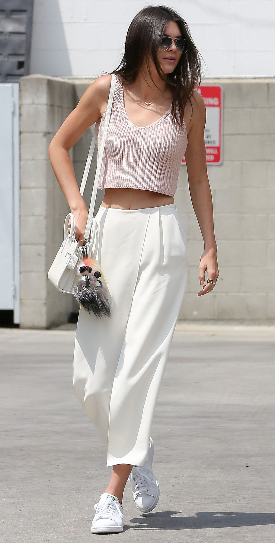 white-culottes-pants-pink-light-crop-top-white-bag-white-shoe-sneakers-brun-kendalljenner-howtowear-valentinesday-outfit-fall-winter-weekend.jpg