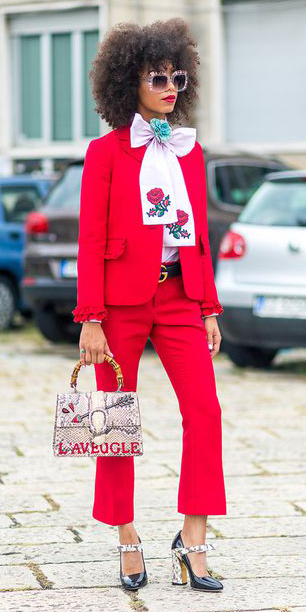 red-culottes-pants-pink-light-top-blouse-bow-suit-red-jacket-blazer-black-shoe-pumps-brun-sun-howtowear-valentinesday-outfit-fall-winter-lunch.jpg