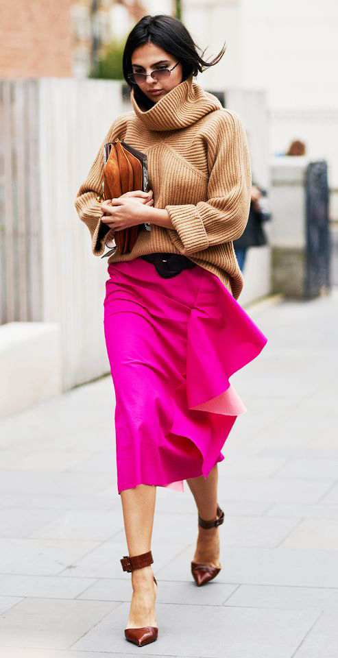 pink-magenta-midi-skirt-tan-sweater-turtleneck-slouchy-brun-brown-shoe-pumps-cognac-bag-sun-howtowear-valentinesday-outfit-fall-winter-lunch.jpg