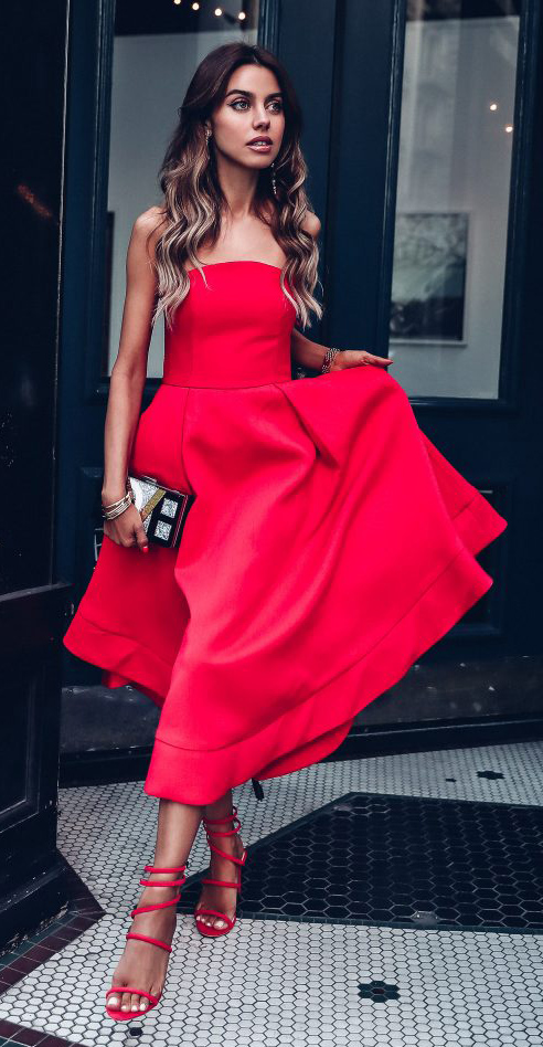 red-dress-strapless-midi-red-shoe-sandalh-hairr-howtowear-valentinesday-outfit-fall-winter-dinner.jpg