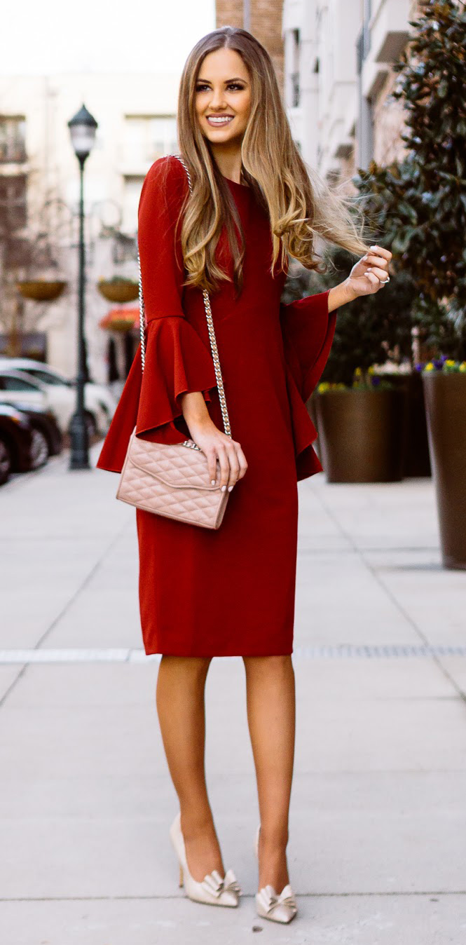 red-dress-shift-sheath-blonde-white-shoe-pumps-howtowear-valentinesday-outfit-fall-winter-dinner.jpg