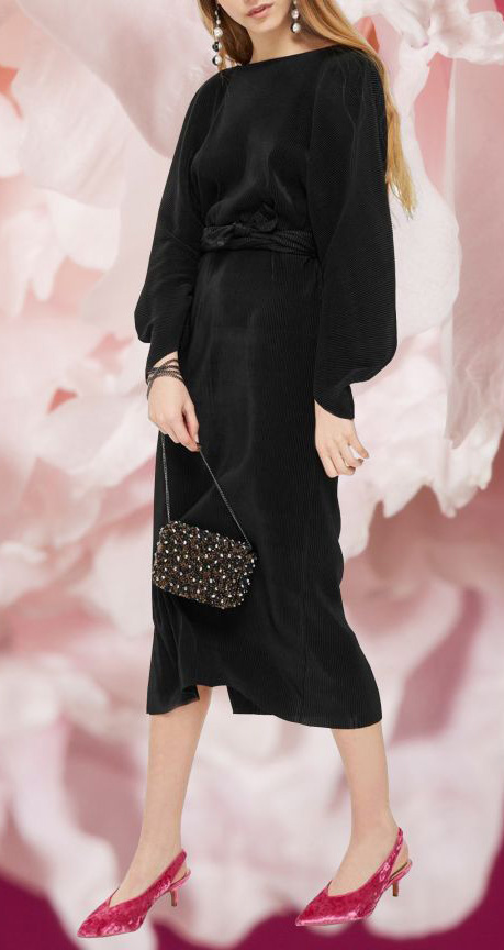 black-dress-midi-earrings-pink-shoe-pumps-black-bag-howtowear-valentinesday-outfit-fall-winter-dinner.jpg