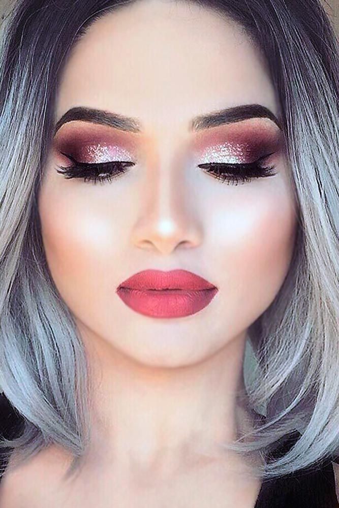 makeup-style-what-to-wear-valentines-day-dinner-holiday-ideas-winter-burgundy-eyeshadow-metallic.jpg