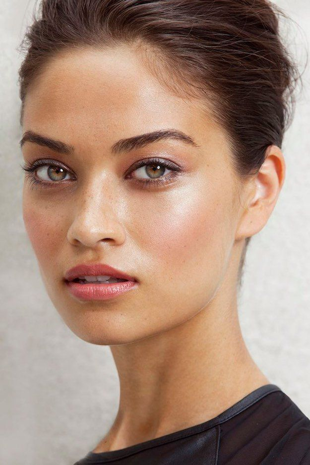 makeup-style-what-to-wear-valentines-day-dinner-holiday-ideas-winter-natural.jpg