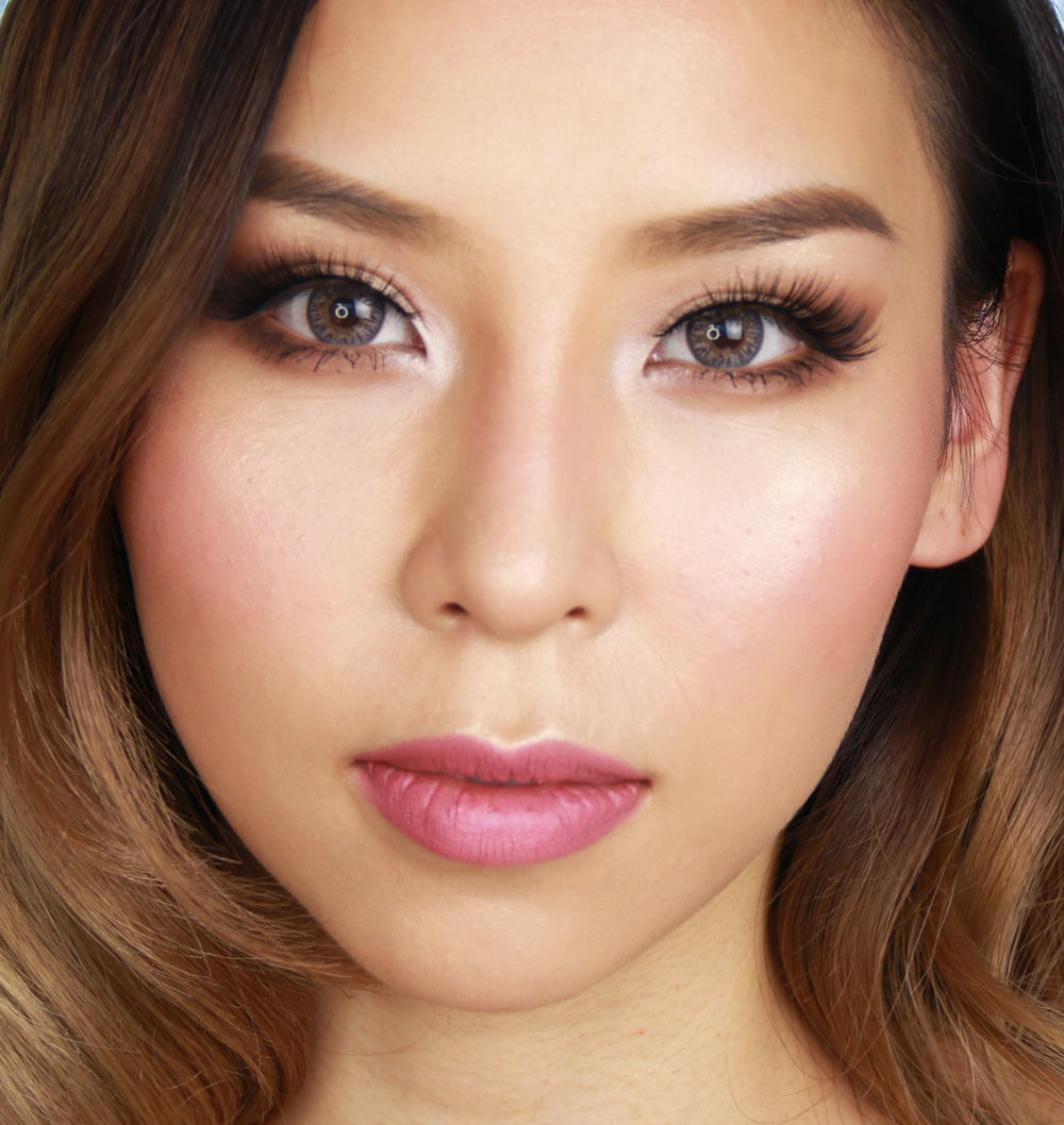 makeup-style-what-to-wear-valentines-day-dinner-holiday-ideas-winter-natural-soft-pink-eyeshadow.jpg