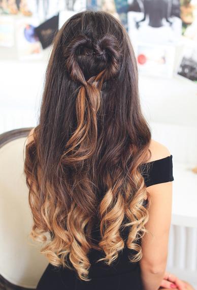 hair-styles-what-to-wear-valentines-day-dinner-holiday-outfits-winter-heart-halfup-wavy.jpg
