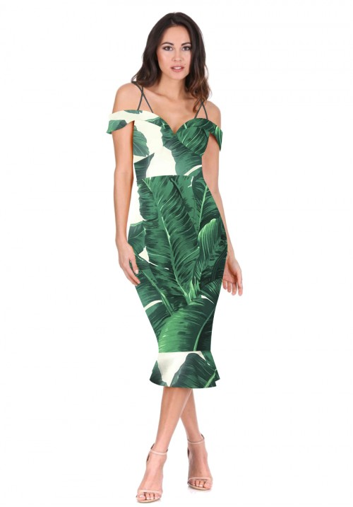 what-to-wear-for-a-summer-wedding-guest-outfit-green-emerald-dress-bodycon-tropical-print-dinner.jpg