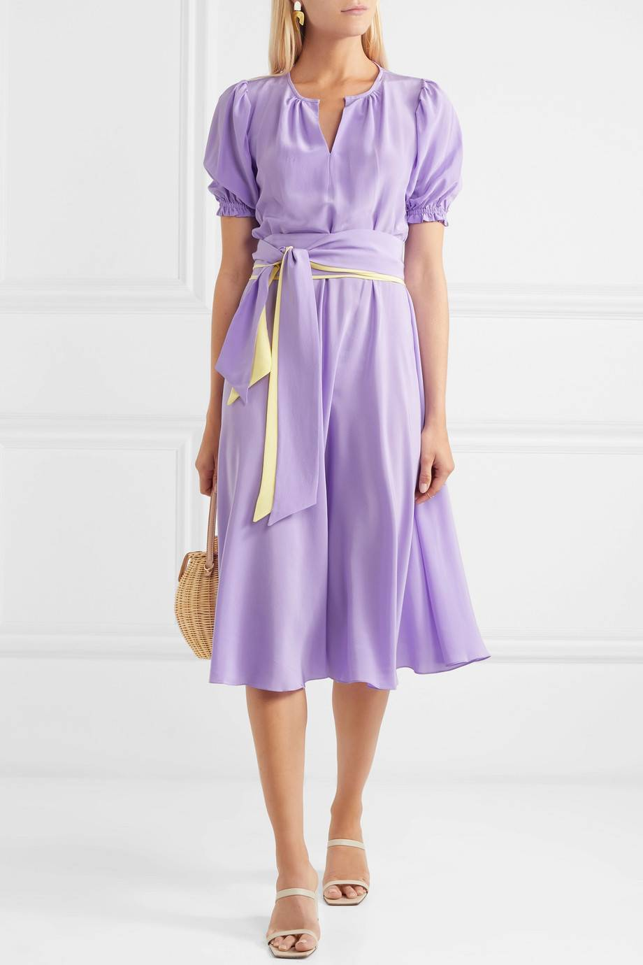 what-to-wear-for-a-summer-wedding-guest-outfit-purple-light-dress-aline-tan-shoe-sandalh-blonde-dinner.jpg