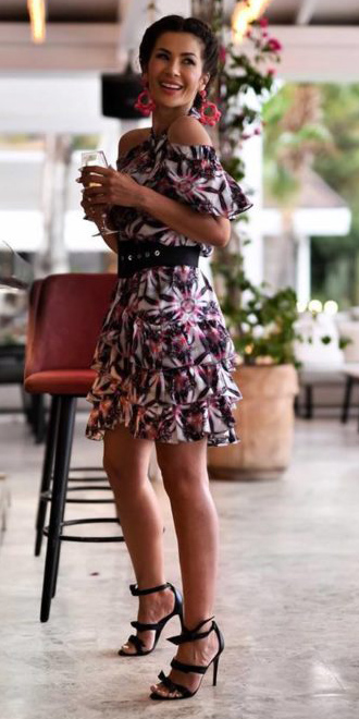 what-to-wear-for-a-summer-wedding-guest-outfit-white-dress-mini-floral-print-wide-belt-earirngs-black-shoe-sandalh-dinner.jpg
