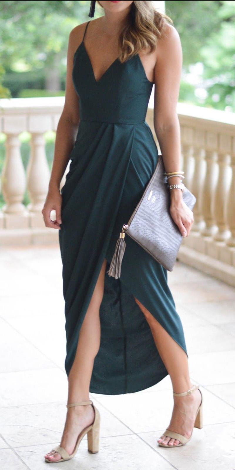 what-to-wear-for-a-summer-wedding-guest-outfit-green-dark-dress-midi-tan-shoe-sandalh-hairr-dinner.jpg