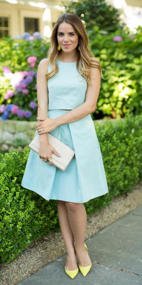 what-to-wear-for-a-summer-wedding-guest-outfit-blue-light-aline-skirt-match-set-blue-light-top-blonde-earrings-yellow-shoe-pumps-dinner.jpg