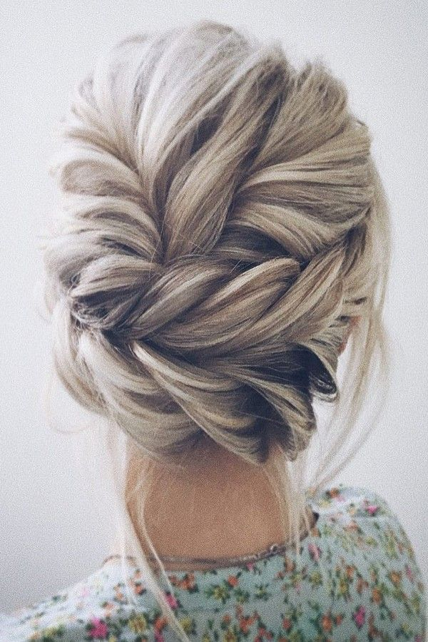 wedding-guest-hair-braid-style-beauty-blonde-updo-formal.jpg