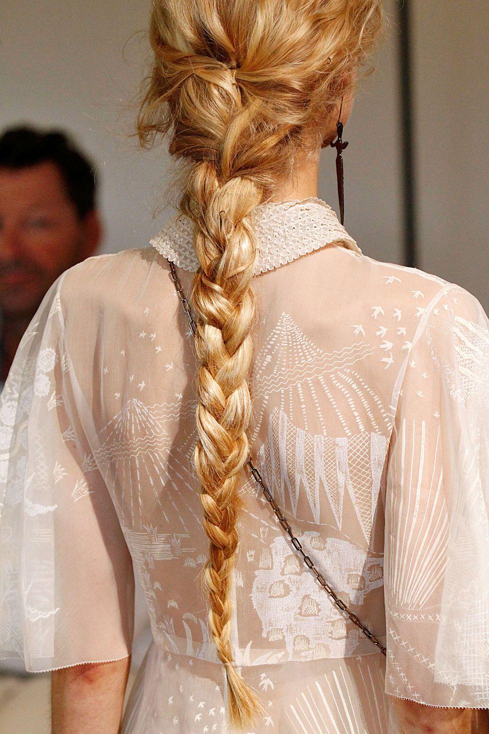 wedding-guest-hair-braid-style-beauty-braid-blonde-french-long.jpg