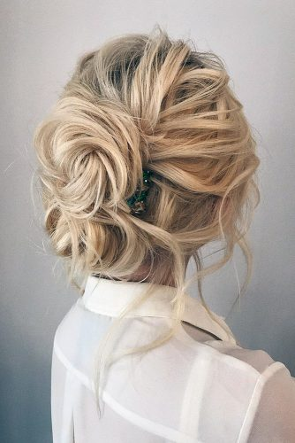 wedding-guest-hair-chignon-bun-style-beauty-gram-blonde-loose-twists-messy.jpg